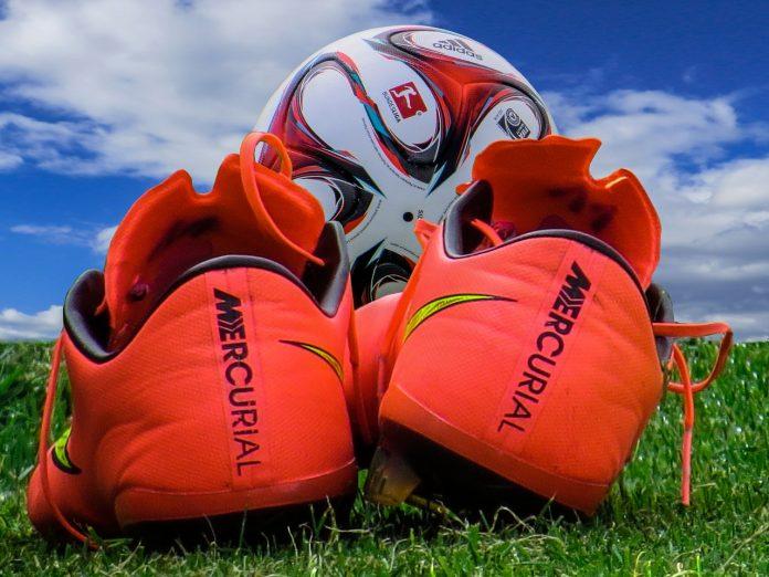 nieuwe voetbalschoenen