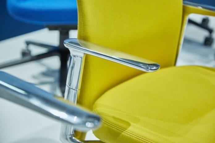 gele bureaustoel